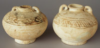Sukhothai ring-handled jars, height 8.5 and 9cm