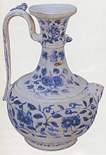 Ewer with Xuande reign mark, height 18cm